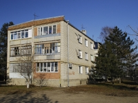 Azov, st Pobedy, house 4В. Apartment house
