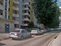 Samara, Sovetskoy Armii st, house 121. Apartment house
