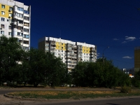 Samara, Sovetskoy Armii st, house 115. Apartment house