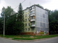 neighbour house: st. Sovetskoy Armii, house 136. Apartment house
