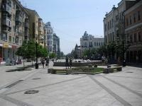 улица Ленинградская. фонтан на Ленинградской, 45