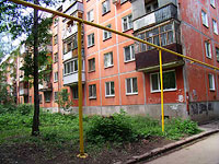 neighbour house: st. Revolyutsionnaya, house 52. Apartment house