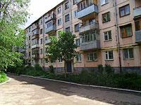 улица Революционная, дом 56. многоквартирный дом