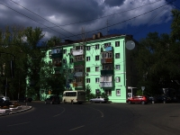 Samara, Nikitinskaya square, house 26. Apartment house