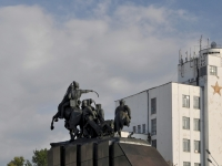萨马拉市, 纪念碑 В.И. ЧапаевуChapaev square, 纪念碑 В.И. Чапаеву