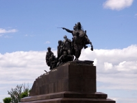 площадь Чапаева. памятник В.И. Чапаеву