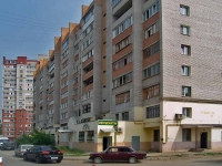 neighbour house: blind alle. Novovokzalny, house 12. Apartment house with a store on the ground-floor