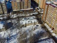 neighbour house: st. Parizhskoy Kommuny, house 11. Apartment house
