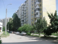 neighbour house: st. Tukhavevsky, house 24. Apartment house