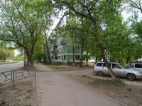Samara, st Alma-Atinskaya, house 28. Apartment house