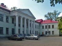 隔壁房屋: st. Volskaya, 房屋 74. 医院 Городская клиническая больница №2 им. Н.А. Семашко