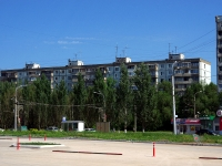 neighbour house: avenue. Kirov, house 405. Apartment house