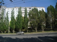 neighbour house: avenue. Kirov, house 411. Apartment house