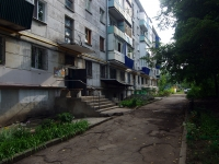 neighbour house: avenue. Yunykh Pionerov, house 118. Apartment house