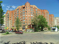 Samara, Michurin st, house 126. Apartment house