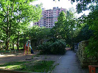 "neighbour house: st. Osipenko, house 36. nursery school МДОУ д/с №183 ""Ве­се­лые нот­ки"""