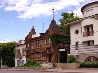 隔壁房屋: st. Frunze, 房屋 171. 公寓楼