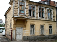 Samara, Chapaevskaya st, house 157. Apartment house
