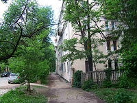neighbour house: st. Yeroshevskogo, house 92. Apartment house