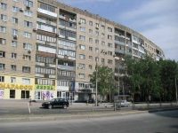 neighbour house: st. Novo-Sadovaya, house 38. Apartment house