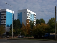 neighbour house: st. Novo-Sadovaya, house 337. Apartment house