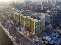neighbour house: st. Novo-Sadovaya, house 206. Apartment house