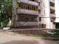 neighbour house: st. Novo-Sadovaya, house 153. Apartment house