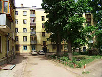 neighbour house: st. Novo-Sadovaya, house 179. Apartment house