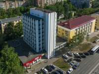 "neighbour house: st. Novo-Sadovaya, house 11. office building ОАО ""Са­ма­ра­неф­те­хим­про­ект"""