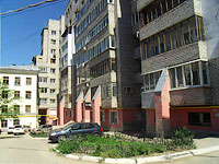 neighbour house: st. Nevskaya, house 7. Apartment house