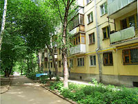 Samara, st Nikolay Panov, house 17. Apartment house