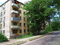 Samara, Nikolay Panov st, house 17. Apartment house