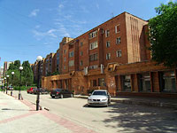 Samara, Nikolay Panov st, house 30. Apartment house