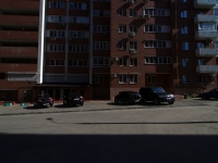 Samara, Nikolay Panov st, house 52. Apartment house