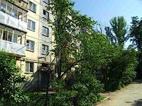 Samara, st Sklyarenko, house 10. Apartment house