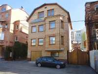 neighbour house: st. Vodnikov, house 107. Apartment house