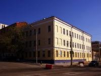 隔壁房屋: st. M. Gorky, 房屋 73. 公寓楼
