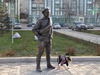 Самара, улица Максима Горького. памятник Сухову