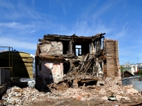 Samara, Stepan Razin st, house 106. vacant building