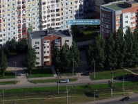 neighbour house: st. Demokraticheskaya, house 39. Apartment house