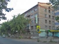 соседний дом: ул. Ново-Вокзальная, дом 38. жилой дом с магазином