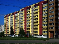 neighbour house: st. Novo-Vokzalnaya, house 165. Apartment house