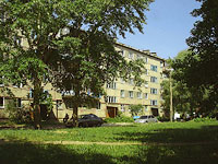 neighbour house: st. Morkvashinskaya, house 1. Apartment house