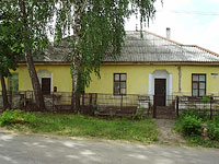 neighbour house: st. Dekabristov, house 20. Apartment house