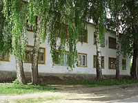 neighbour house: st. Neftyanikov, house 6. Apartment house
