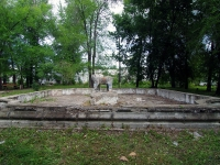Жигулевск, улица Лермонтова. фонтан