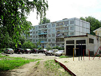 neighbour house: st. Privolzhskaya, house 21. Apartment house