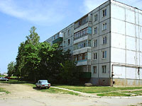 Zhigulevsk, Repin st, house 4. Apartment house