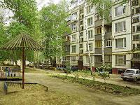 Novokuibyshevsk, st Budenny, house 2. Apartment house