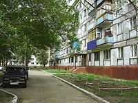 Novokuibyshevsk, st Budenny, house 8. Apartment house